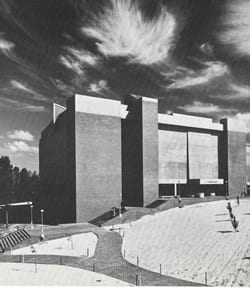 Picture of Robertson Library in 1970s